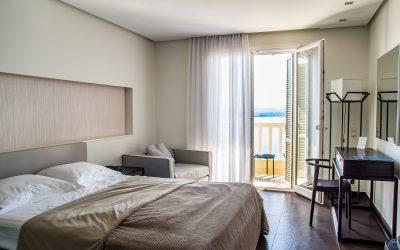 Cosa fare per non portarti le cimici a casa quando dormi in albergo